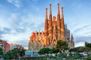 Sagrada Familia by Viator 300x200 - The Illusion of CreArtificial Intelligence