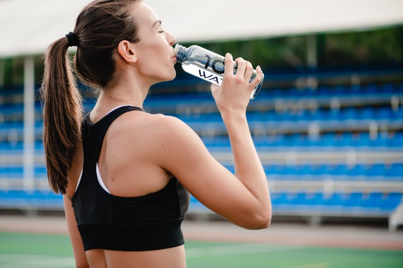 Drink water - 16 Best Ways to Maintain Weight Loss