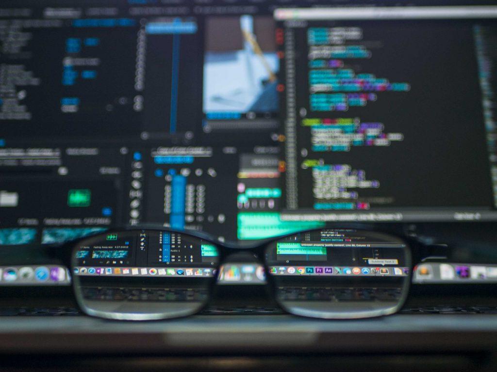 kevin ku w7ZyuGYNpRQ unsplash 1024x768 - 8 Reasons Why PostgreSQL is the Best Open-Source Relational Database Management System