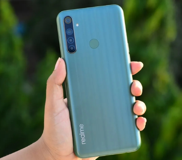 Realme Narzo 10 - Best Smartphone Under Rs. 15000 [2020 Edition]